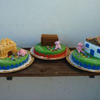 3 Little Pigs These birthday cakes, were made for triplets! For the 2nd year birthday