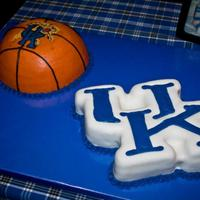 University Of Kentucky Grooms Cakes University of Kentucky groom's cakes