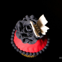 Black Rose I made this for a cupcake contest here in sweden.