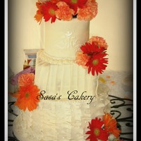 Fondant Wedding Cake With Real Flowers Fondant Wedding cake with real flowers