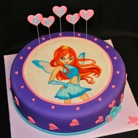 Winx Club Cake - Featuring Bloom Bloom is handpainted on fondant. tfl. :-)