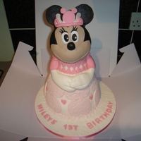 Princess Minnie Mouse vanilla sponge