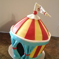 Carnaval Circus Tent Made from the large cupcake pan