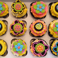 Fun Flower Cupcakes For An Easter Party fun flower cupcakes for an Easter party