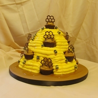 Beehive Cupcakes!