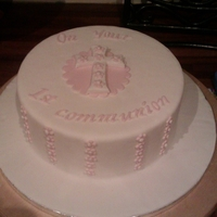 1St Communion Trial Cake! Practice run for my daughters communion in May, I think I like it!