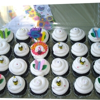 Butterflies And Bumble Bees Cupcakes made for a 5 year old that loves butterflies and bumble bees.