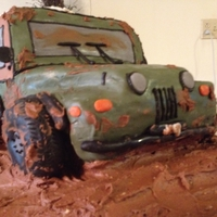 Jeep Cake First vehicle cake and 3D cake. Was quite a challenge but fun!