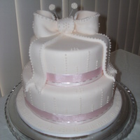 Wedding / Bridel Party / Birthday Cake / Three Teir