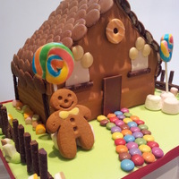 Ginger Breadhouse Cake