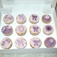 Mother's Day Cupcakes Vanilla cupcakes with vanilla buttercream and fondant decorations - made for my Mum for Mother's Day.