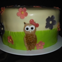 Who... Is Having A Birthday? An owl cake for Pau's birthday