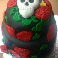 Skull And Roses Cake Skull cake with black and red roses
