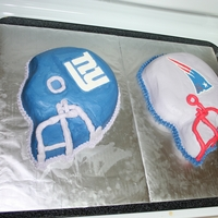 Who Do You Think Will Win? Made these for my husband to take to work. Patriots is Chocolate, Giants is Vanilla. Both have a Vanilla BC. Logos are FBCT's made...