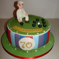70Th Bday Outdoor Bowls Themed Fondant Cake (Dec 2014) Made everything from Fondant/Gumpaste. Hope you like it!! xMCx