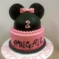 My First Minnie Mouse Cake I Really Think It Turned Out Cute *My first Minnie Mouse cake. I really think it turned out cute :)