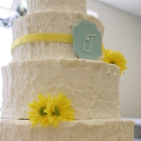 Rustic Daisy Wedding For a simple country themed wedding in yellow and blue. Had to change the whole cake silhouette at the last minute due to the florist...