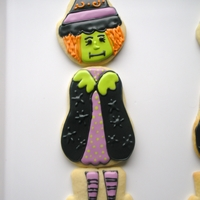 Witcy Diva Segmented Witch, cupcake, triangle, large oval and onsie all make the witch. Used Glaze Icing.