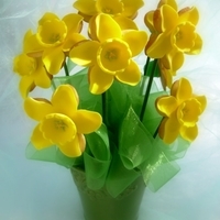 Daffodil Cookie Bouquet A bouquet of daffodil cookies...