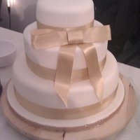 Simple Bow Cake