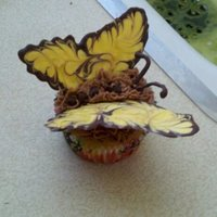 My Easter Butterflies.... Vanilla Cupcake with Chocolate Mousse Frosting - and ......Chocolate Wings.. yummy!