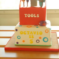Handy Many Tools & Tool Box Cake *