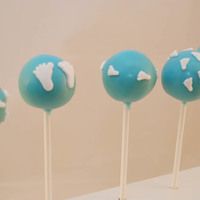 Baby Boy Cake Pops   Baby boy cake pops with cute little fondant feet!