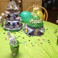 Tinkerbell tinkerbell doll cake and cupcakes for a little girls birthday