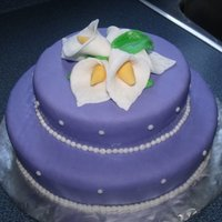 Purple & Calla Lilies Just a practice cake I made.