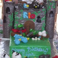 Angry Birds With Playable Field The castle is a 5 layer milk chocolate cake with milk chocolate frosting, rice krispy treats for castle pillars, 2 layer white cake with...