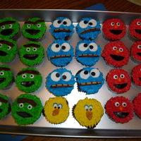 Sesame Street Cupcakes I made these for my boys' to take to their day care to share with their friends..... they were a huge HIT! These are chocolate...