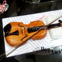 Violin 3D Fondant Cake My lovely sister's birthday is on 16th Dec.I decide to bake this violin fondant cake for her.Hope this 3D violin can surprise her on...