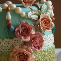 Vintage Cake   a sweet cake with rozes and filigreen