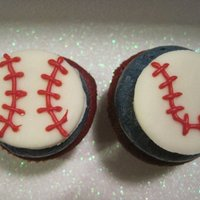 Baseball Father's Day Cupcakes Red Velvet