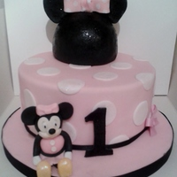 Minnie Mouse Cake For Mia Minnie Mouse Cake for Mia :)