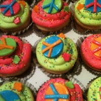 Peace Sign Cupcakes peace sign birthday cupcakes to take to school