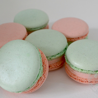 Macarons Pistache And Orange Blossom Macarons pistache and orange blossom