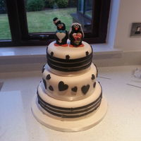 Black And White Wedding Cake Stripes Penguin Topper I made this cake for a friend's wedding and it was not easy. Stripes are HARD. Very hard to make it perfect but I tried my best....