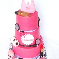 Make Up Cake Make up cake for Shivana's 25th birthday :) Thanks for looking