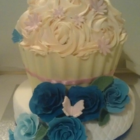 45Th Anniversary / Mothers Day Cake Giant cupcake with white chocolate case, Vanilla & jam round cake with handmade flowers
