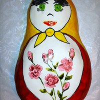 Russian Doll Cake Hand painted cake for a 2 y.o girl who loves Russian dolls.