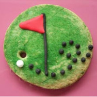 Golf Cookie Sugar cookie painting with food colouring with royal icing details