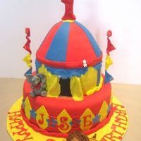 Circus Cake   RED VELVET WITH CREAM CHEESE FILLING....ALL FONANT ....ELEPHANT AND TIGER GUMPASTE