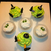 Mummy Witch Cupcakes