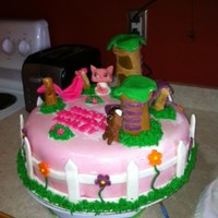My Littlest Petshop I used gumpaste/fondat to make all the decorations. Very fun cake : )