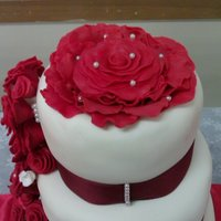 My Very First Sugarpaste Rose Wedding Cake