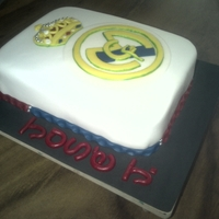 Real Madrid Basic cake covered with fondant