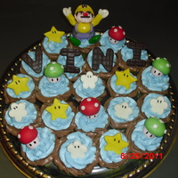 Wario / Super Mario Bros Cake Decoration Wario cupcakes for a boy who loves Super Mario Bros