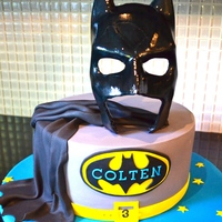 This Is The Cake I Made For A Little Boy Whos Turning 3 And A Huge Batman Fan Everything Is Fondant Including The Mask This is the cake I made for a little boy who's turning 3 and a huge batman fan. Everything is fondant including the mask:)
