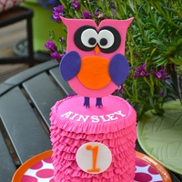 First Birthday Smash Cake This is the smash cake I made last weekend for a first birthday photo shoot.